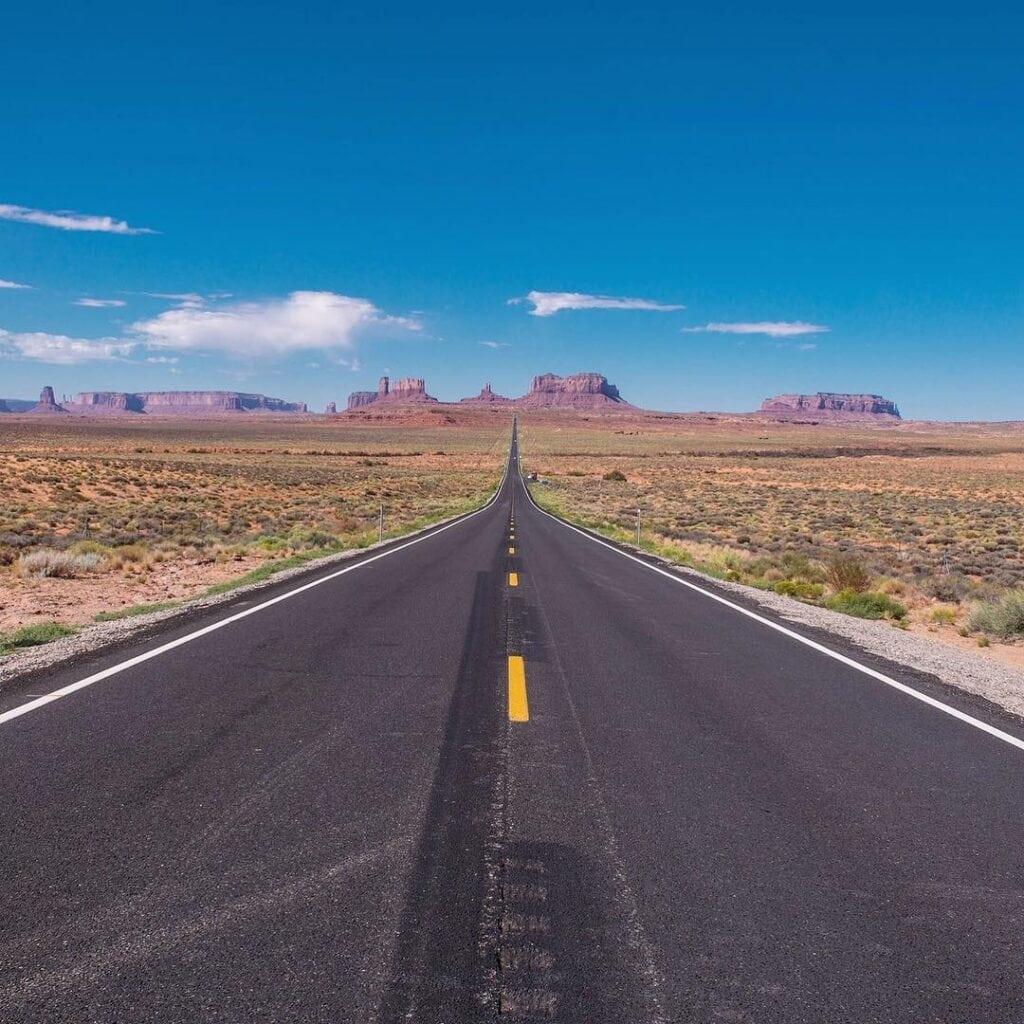 Pohled na Monument Valley v Utahu