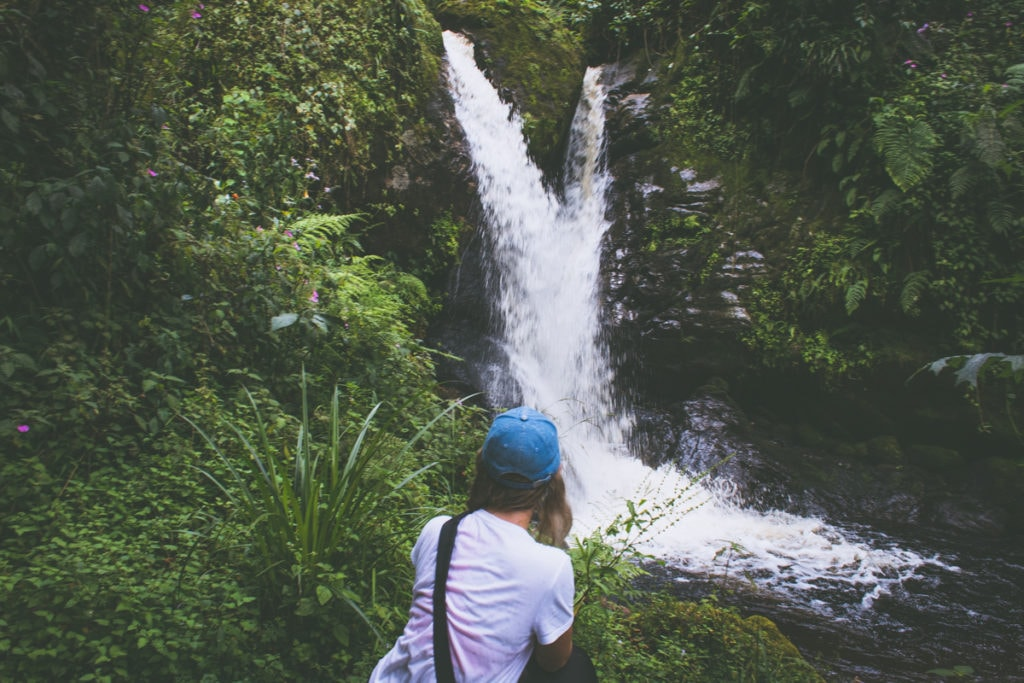 Po cestě jsme neviděli sice žádné mamby ani kobry, zato vodopádů bylo požehnaně