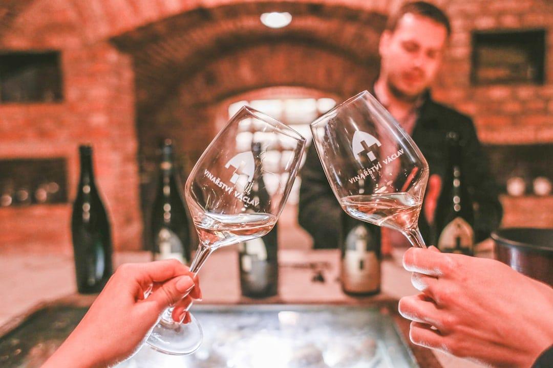 Povinná ochutnávka vína