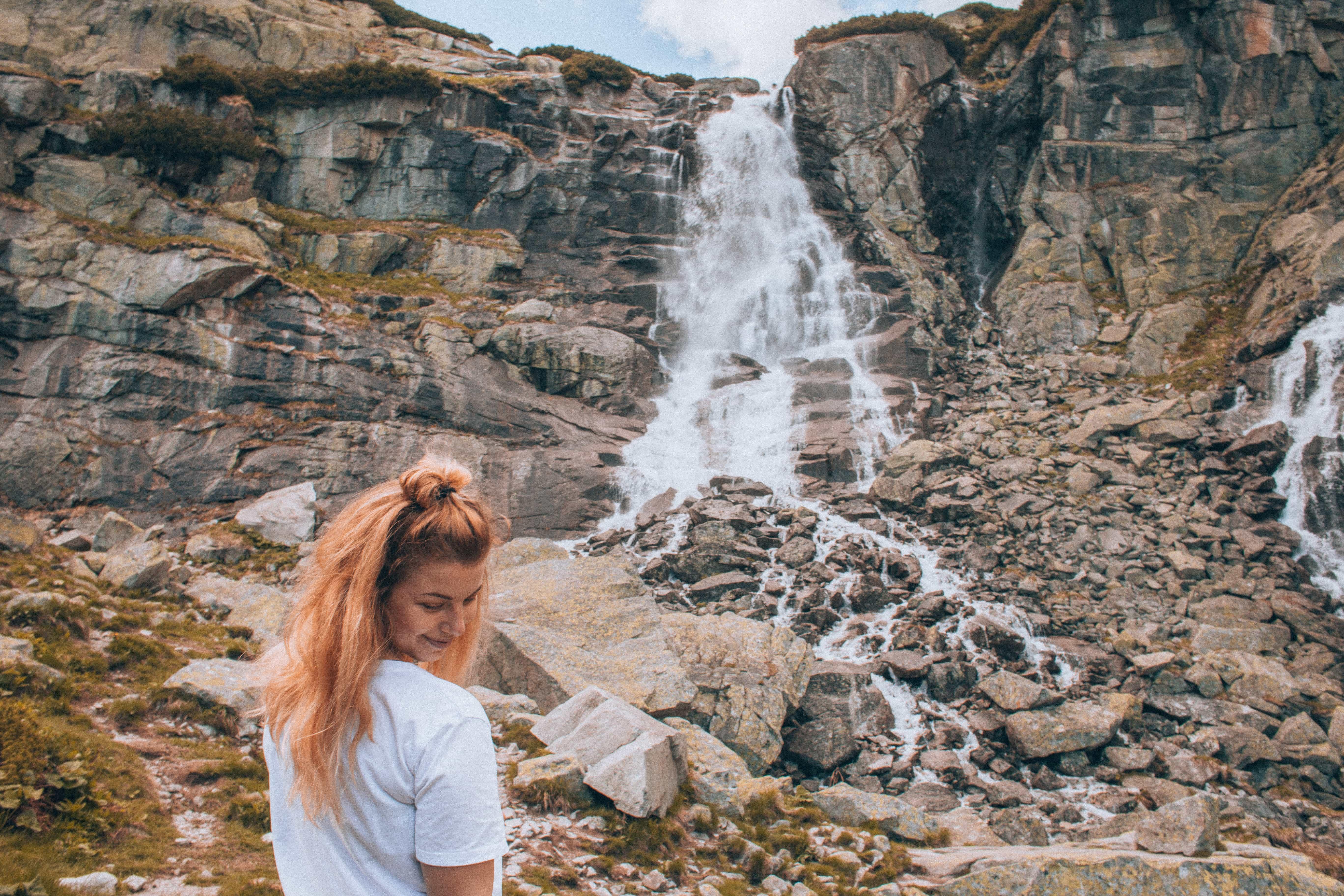 Luci taky chtěla fotku s vodopádem, ale už to není úplně státnické :D