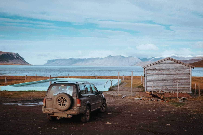 Půjčení auta na Islandu Suzuki Grand Vitara