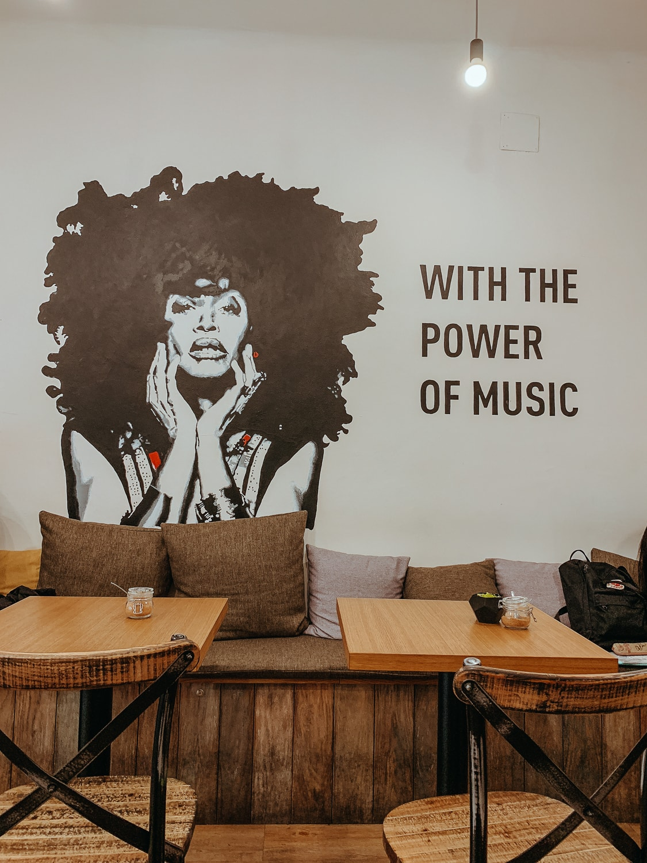 Vinyl Wood Cafe
