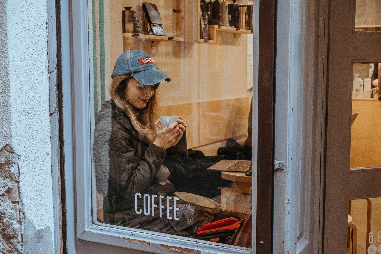 Kavárna Kontakt v Budapešti