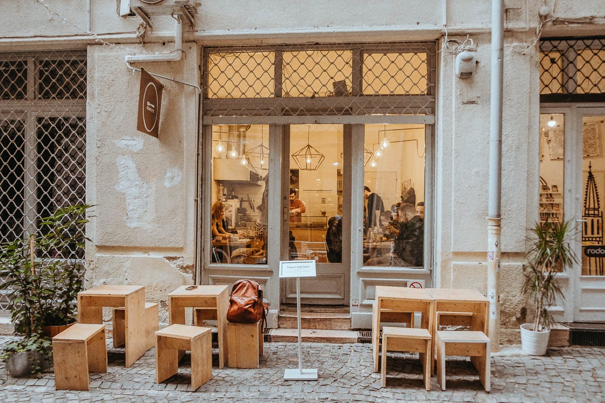 Kontakt kavárna v Budapešti