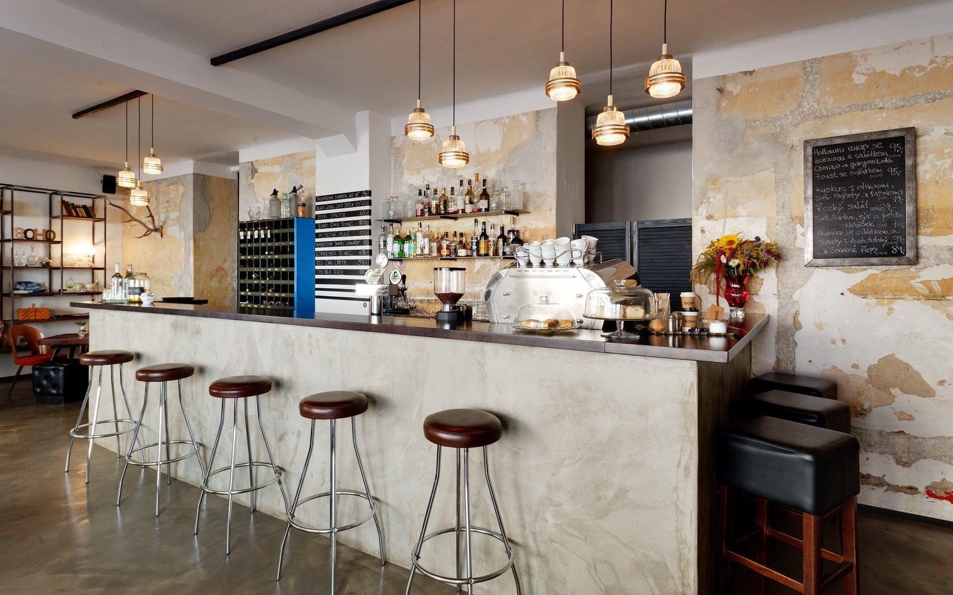 Interiér kavárny BOHO Cafe and store