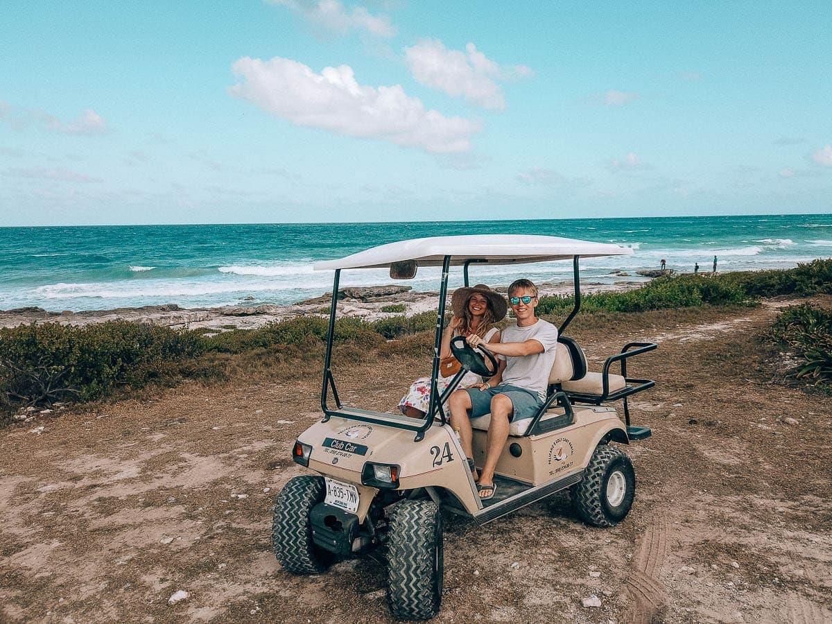 Golfový vozík je nutnost na Isla Mujeres