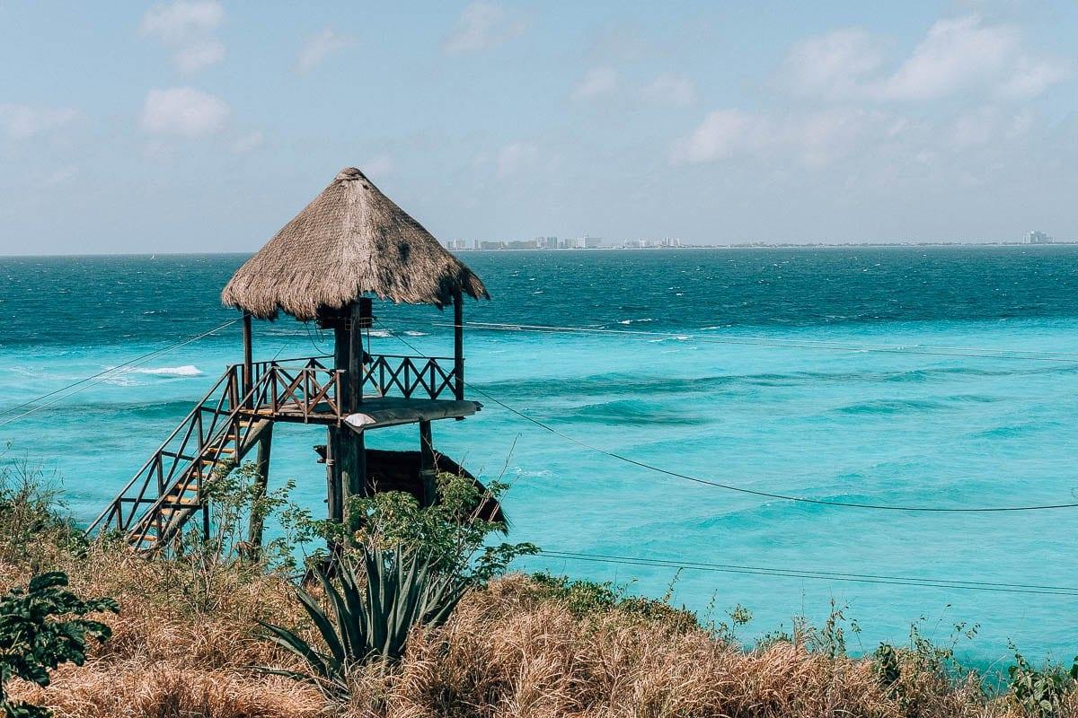 Na Isla Mujeres je nádherná voda vhodná k šnorchlování