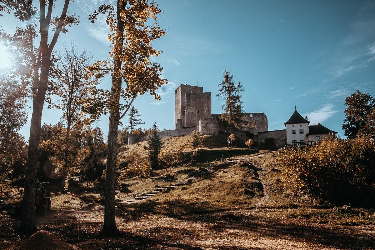 Hrad Landštejn z dálky